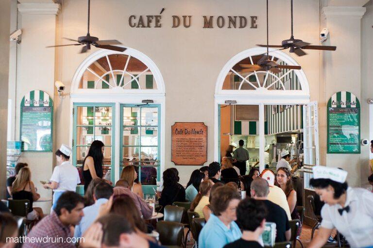 Cafe Du Monde in New Orleans Big Easy matthewdruin.com